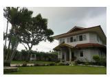 Villa dekat wisata air terjun curug Cilember