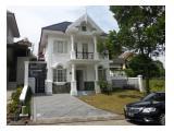 DISEWAKAN VILLA WHITE HOUSE  - SENTUL CITY