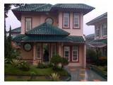 Sewa villa puncak private foll