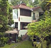 Bangunan Villa Anggrek Boenda Moelia