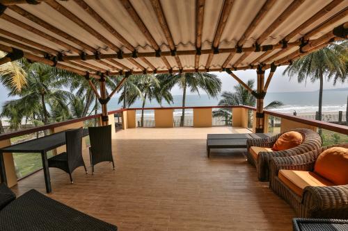 Sukabumi info penginapan di jakarta bandung bali surabaya for Balcony hotel sukabumi