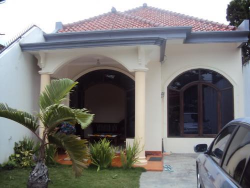 Sewa Villa Di Batu Malang Arifin 4 Kamar Tidur