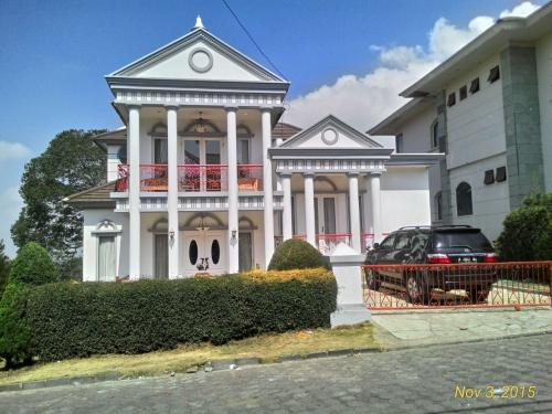 Sewa Villa Maribaya Bandung